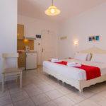 hotels in milos